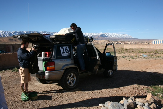 Equipo del Rally Solidario, Multiplicalia colabora