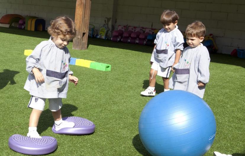 diseño web yago school nursery